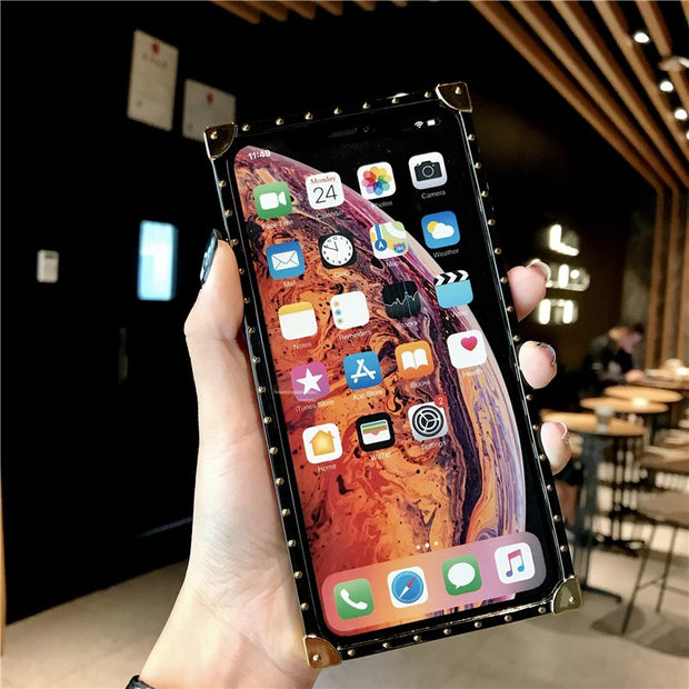 Luxury Rivet Square Case For IPhone XS Max XR X Case Hot Leopard Print Style Girls Capinhas For IPhone 8 7 6 6S Plus Cases Cover