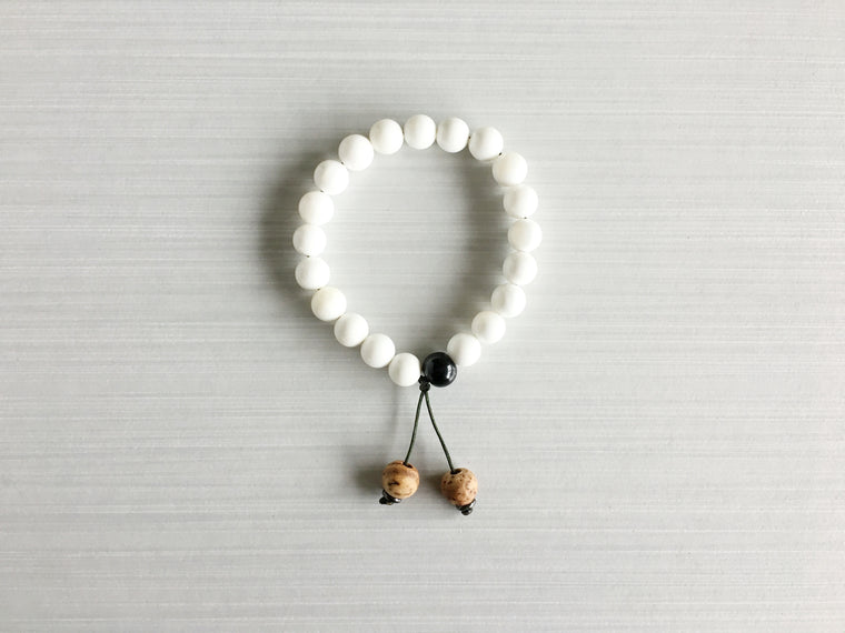 Conch Shell Meditation Beads with Indian Bodhi Seed