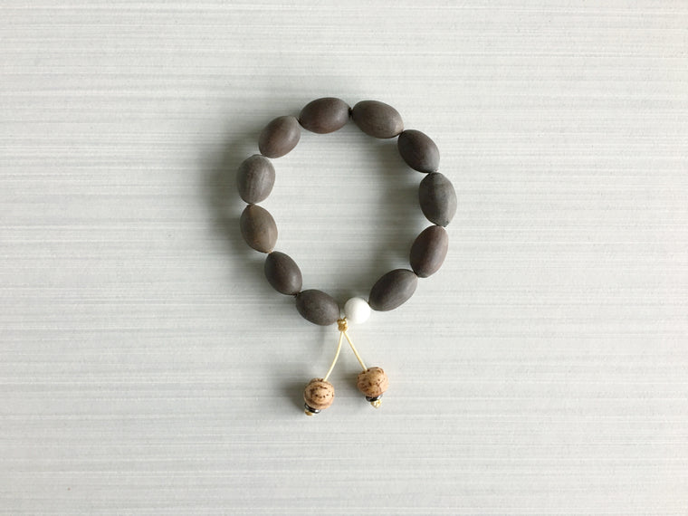 Indian Lotus Seed Meditation Beads with Indian Bodhi Seed