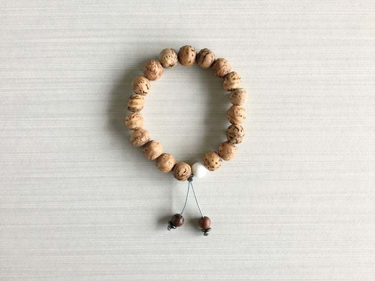Indian Bodhi Seed Meditation Beads with Indian Rosewood