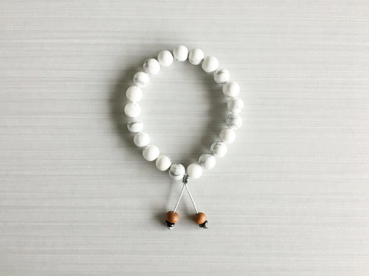Howlite Meditation Beads with Sandalwood