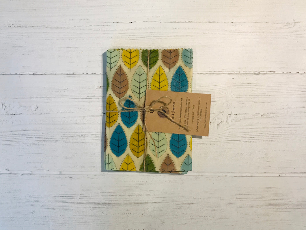 Beeswax food wraps. Set of 3 30 x 30cm. Green bee print