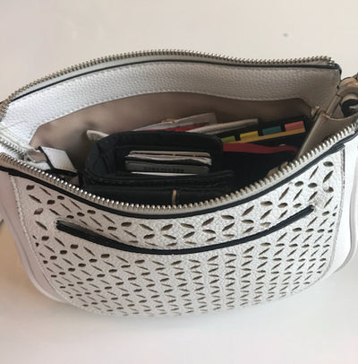 The travel purse