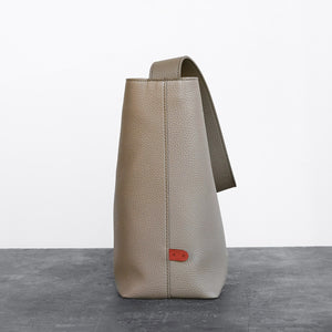 Jane Shoulder Bag [Signet] - Light Mud Gray