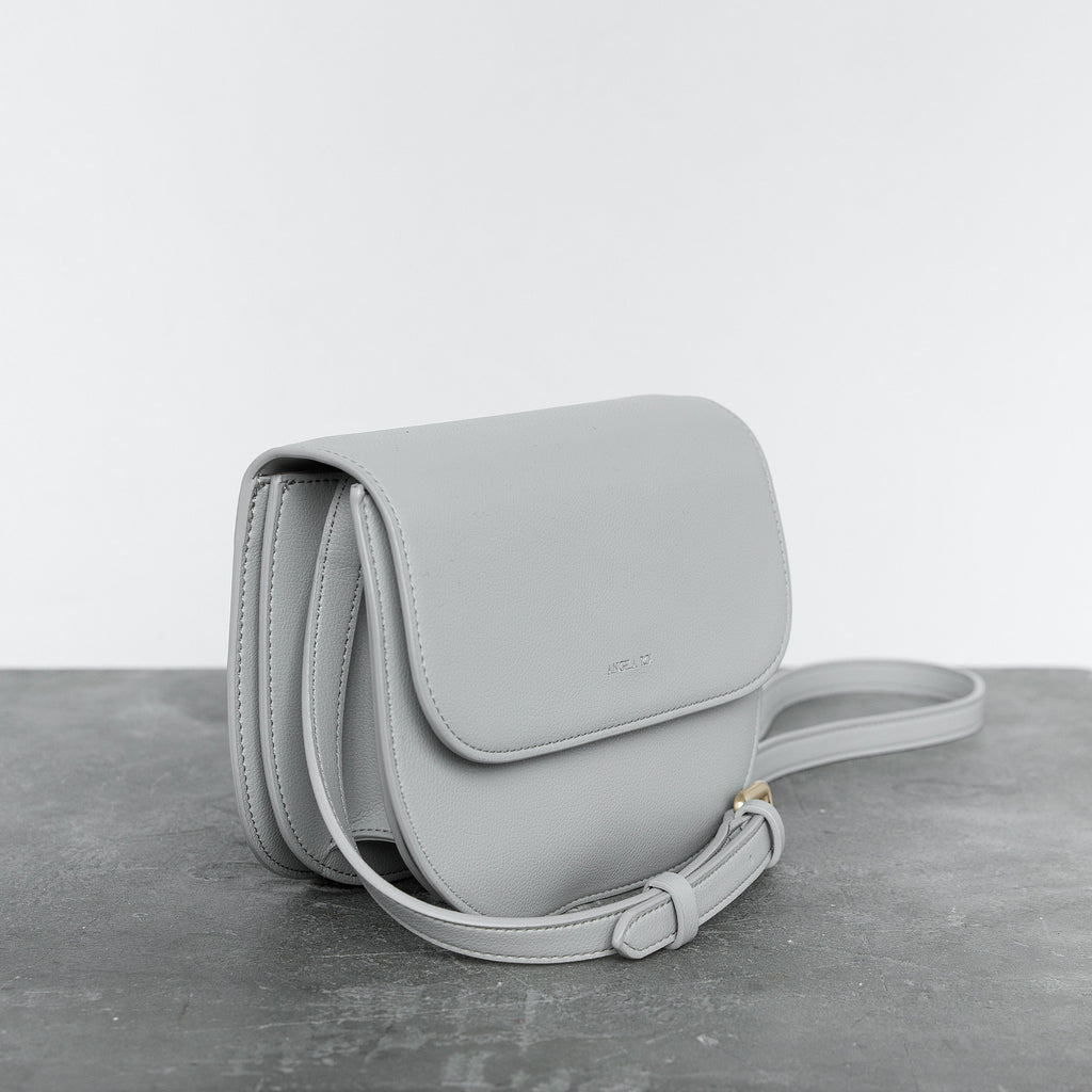 Hamilton Round Cross-body - Light Gray [Sample Sale]