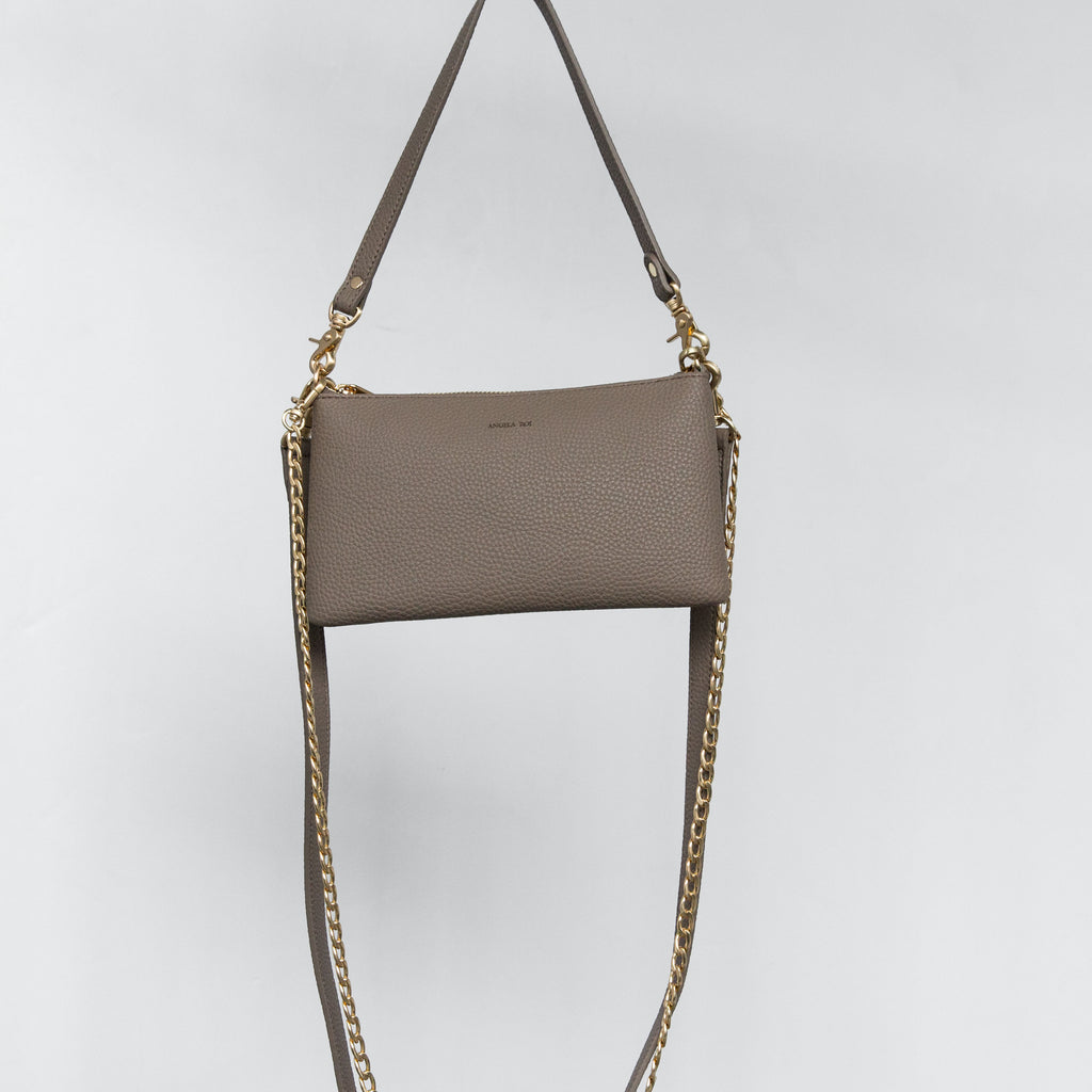 Zuri Multifunction Pouch - Light Mud Gray [Sample Sale]
