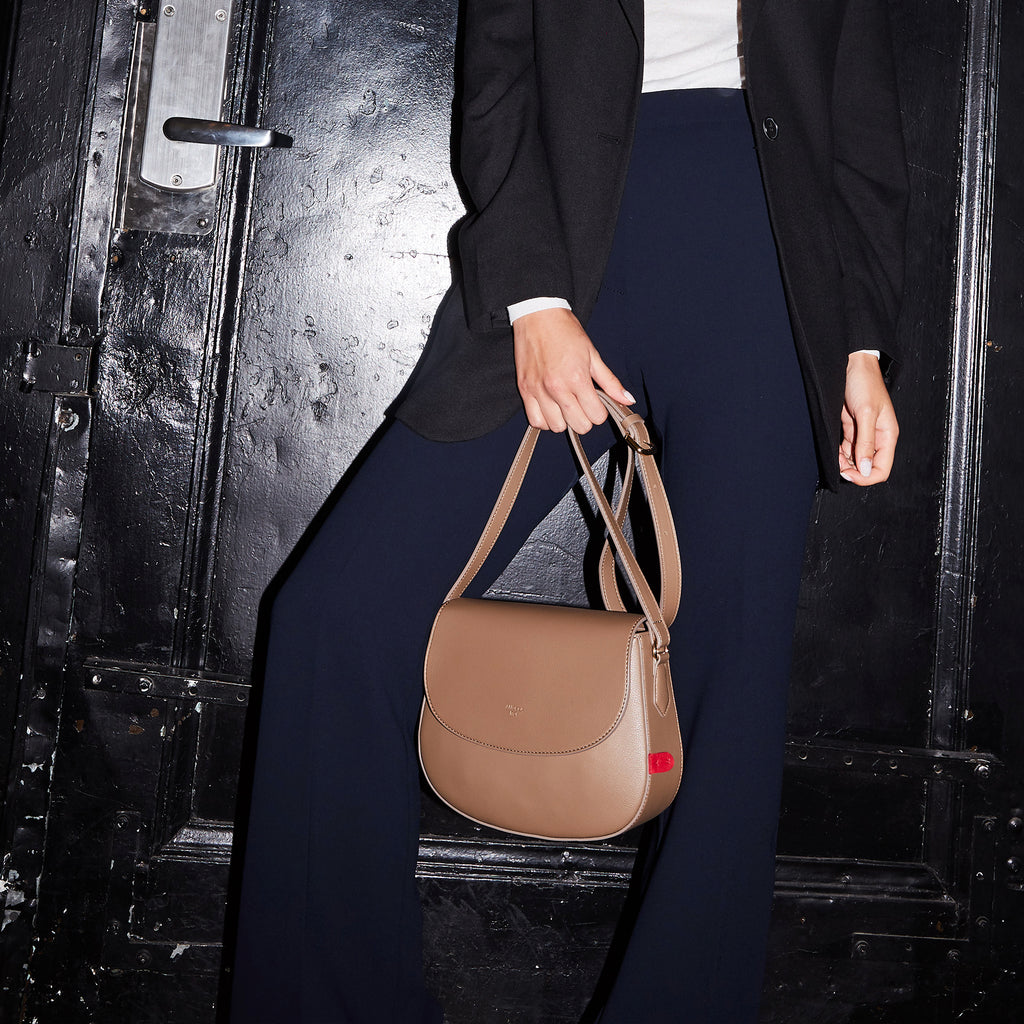 Florence Saddle Crossbody [Signet] - Mud Beige [Pre-Order]
