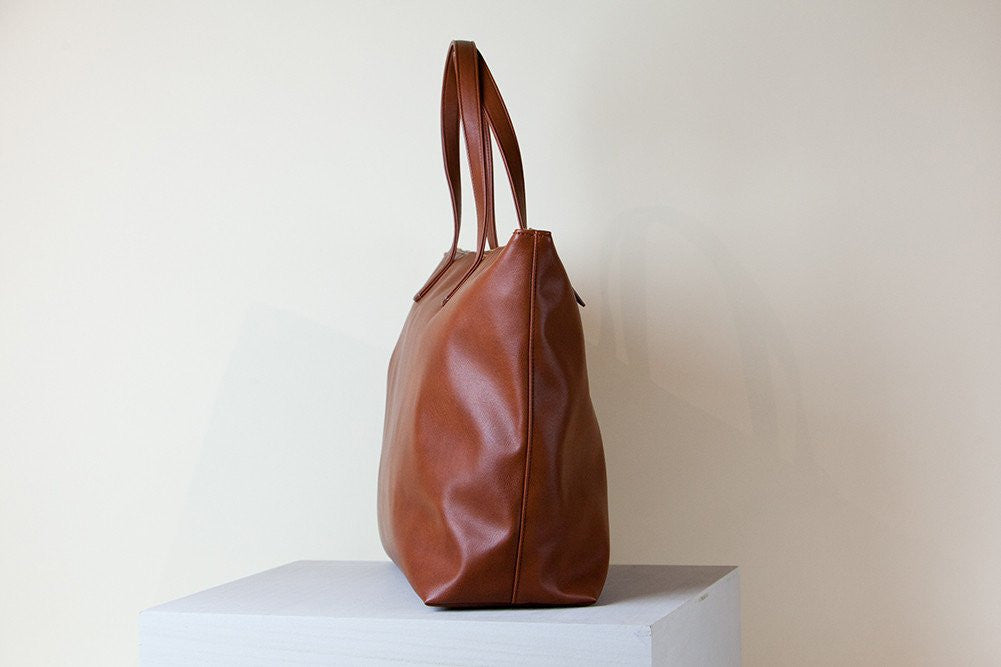 Andrea Tote Oversized - Orange Brown (Sample Sale)