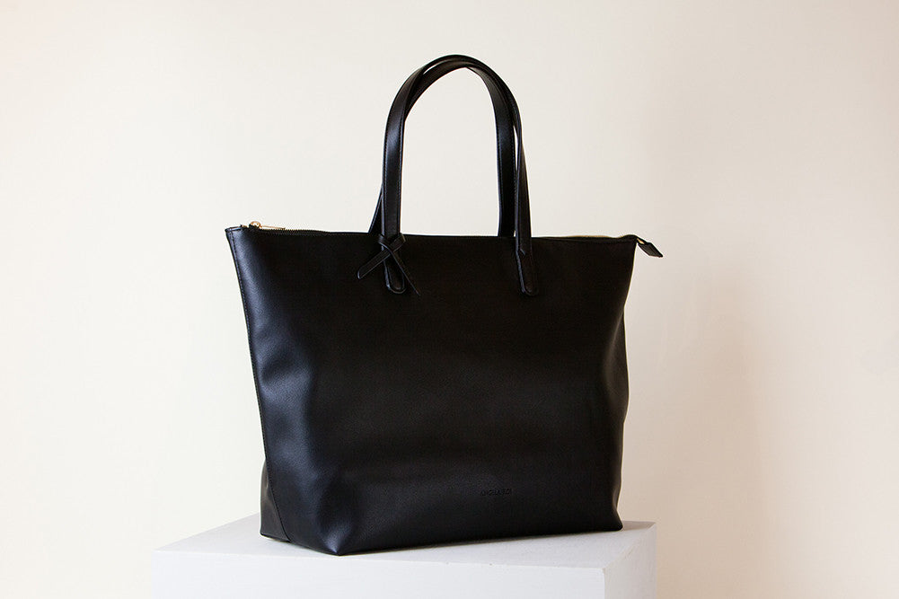 Andrea Tote Oversized - Black (Sample Sale)