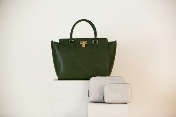 [Bundle] Sunday Tote Dark Green + Elle Cosmetic Case Light Gray