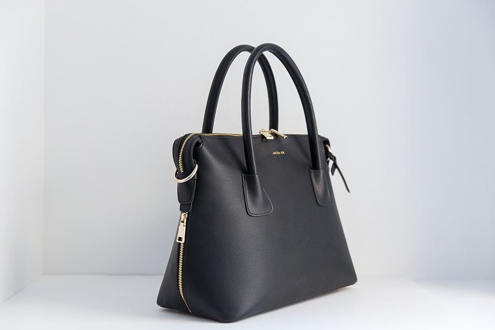 Moa Tote - Black (Sample Sale)