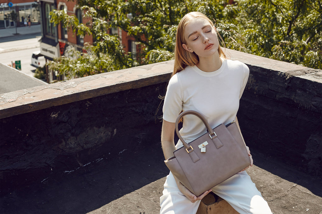 Sunday Tote Classic - Taupe