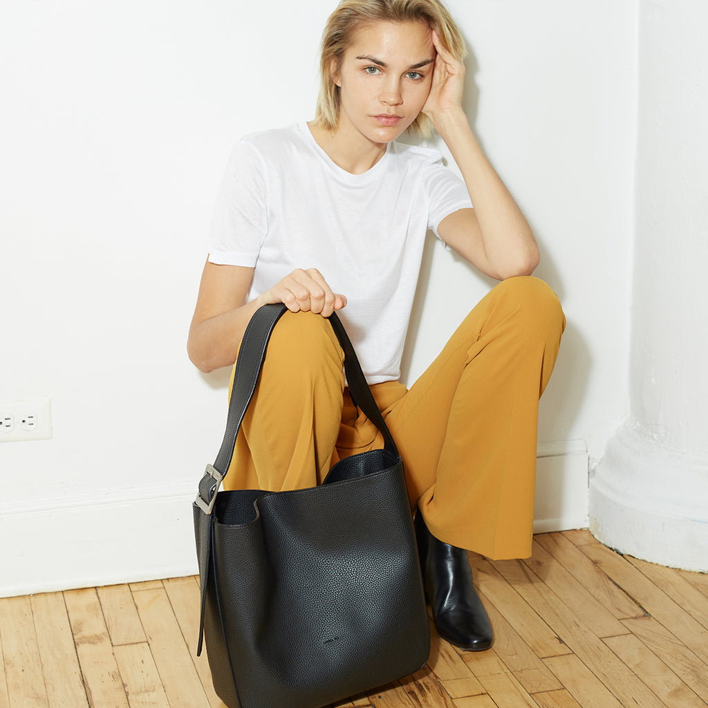 Jane Shoulder Bag - Black [Sample Sale]