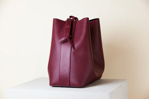 Jules Bucket Bag II - Bordeaux