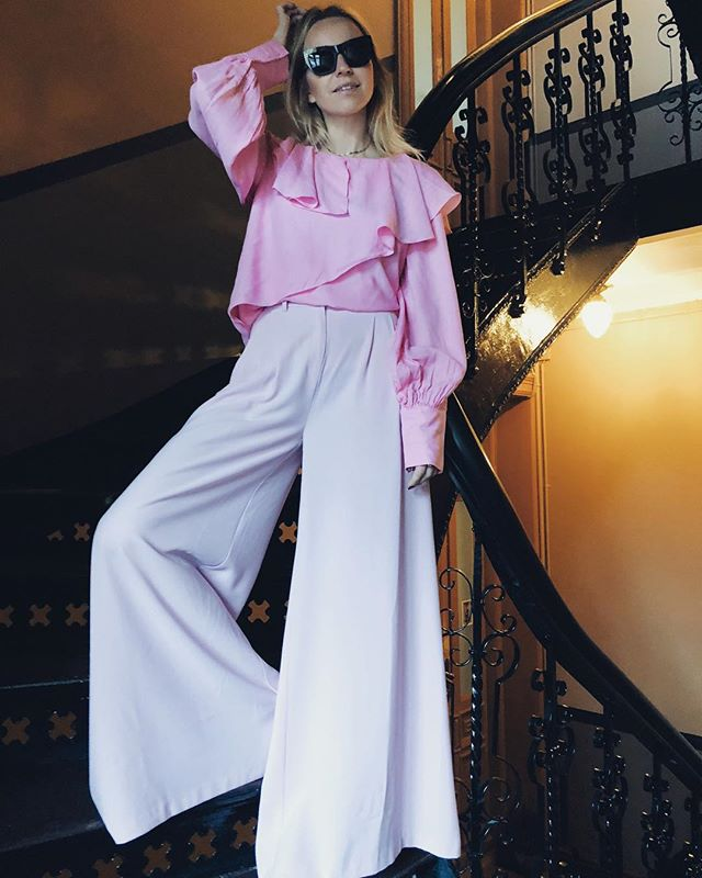 @HEGEAURELIE, JOELLE BLOUSE AND GILDA PANTS, INSTAGRAM, JANUARY 2018
