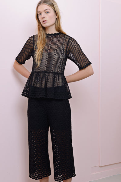 Bette lace blouse black