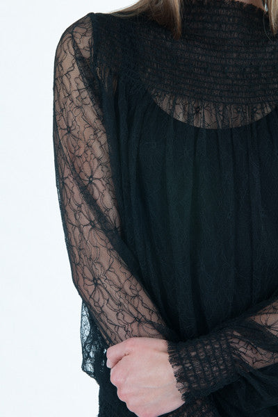Raquel lace top black