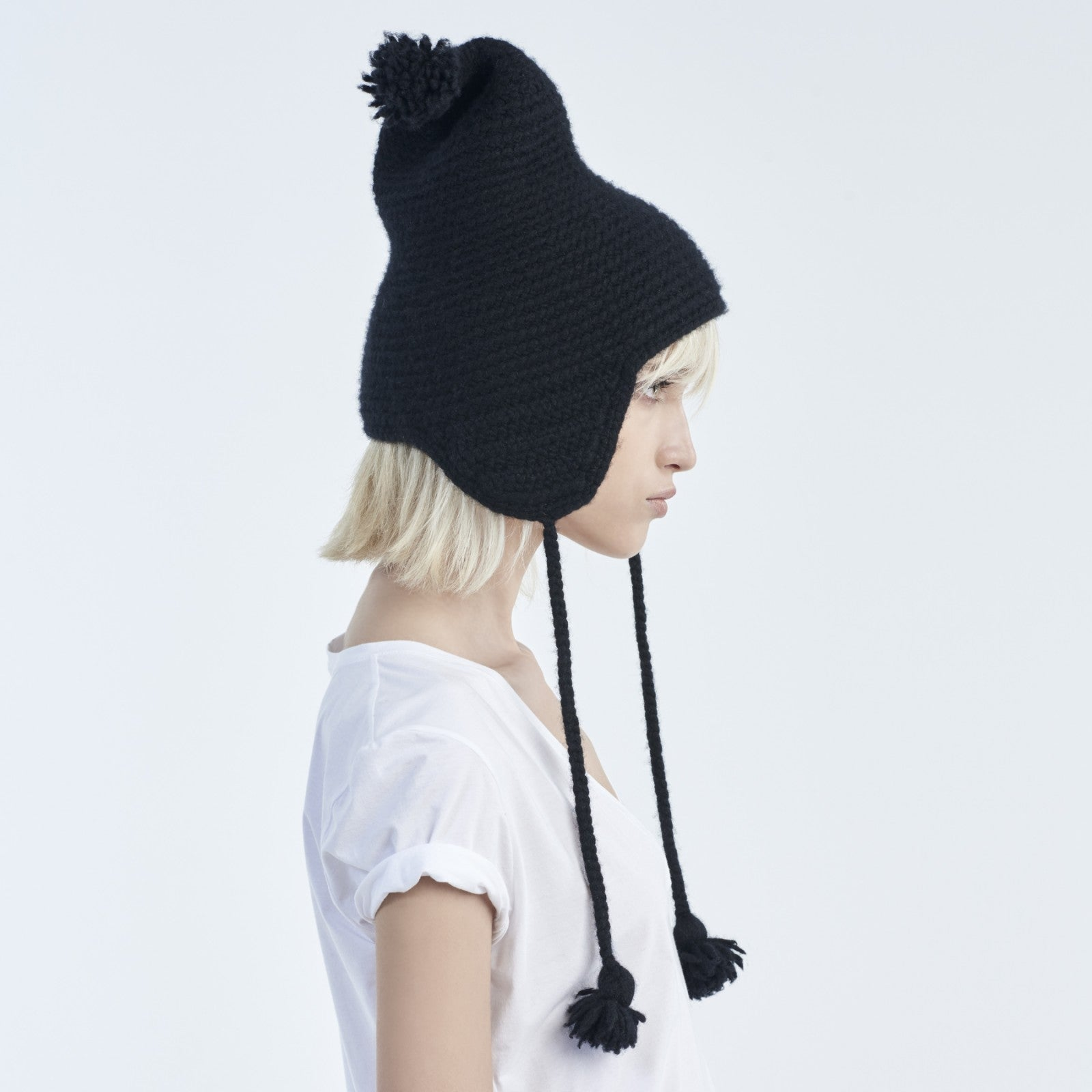 NATIVE HAND-KNIT CASHMERE HAT