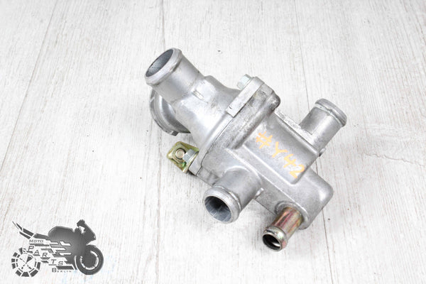 #Y42 Original Thermostat Valve Cooling Water Distributor Honda CB1300S SC54 S / A ABS 1