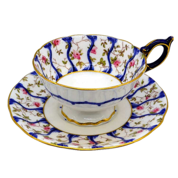 Superb Coalport cabinet tea cup and saucer