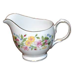Hedgerow bone china colclough milk jug