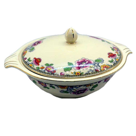 Jacobean ware lidded tureen 1944