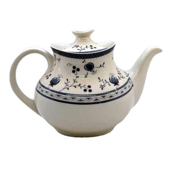 Royal Doulton China Cambridge TC1017 teapot
