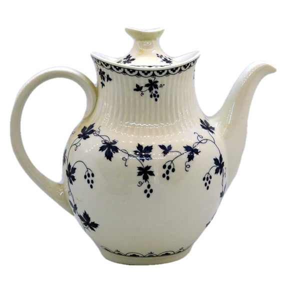 Royal Doulton China Yorktown TC1013 ribbed coffee pot