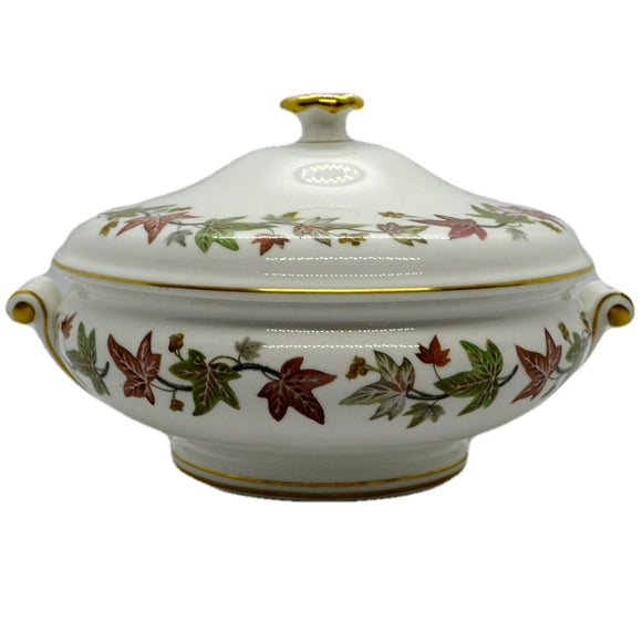 Wedgwood ivy house tureen with lid