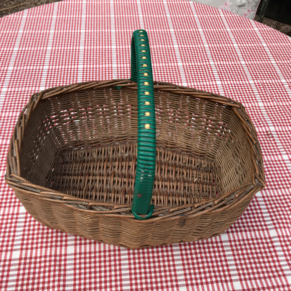 Vintage plastic green handle wicker shopping basket 1940-1950s