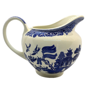 willow pattern jug blue and white china