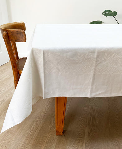 Antique French linen table cloth & napkins set of 6 (white)