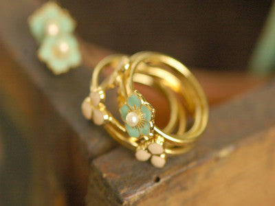 Eric et Lydie / Fleur 5 rings (turquoise & rose claire / perle)