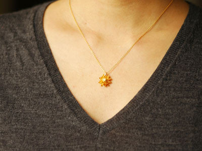 Alex Monroe / chrysanthemum flower necklace (g)