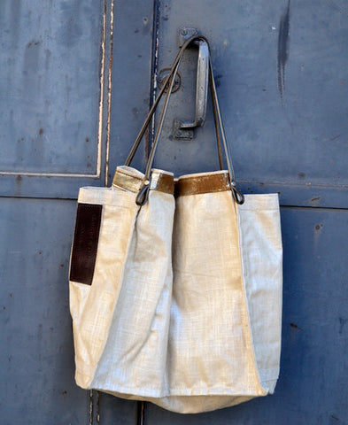 ROUGH & TUMBLE / lacquered linen tote (zinc)