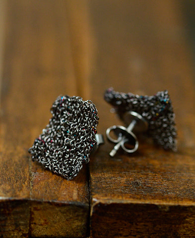delphine lamarque jewelry / tiny earings (TINYEBK/black)