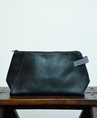 Bandit Manchot / leather pouch for men (black)