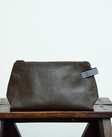 Bandit Manchot / leather pouch for men (dark brown)