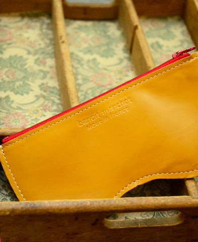 Bandit Manchot / leather glasses case (camel)