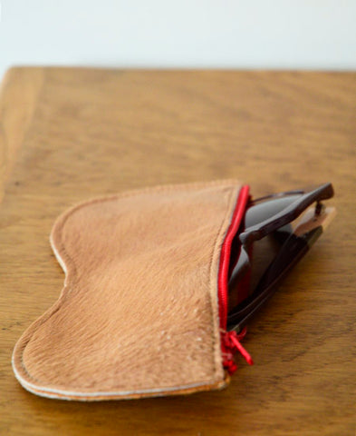 Bandit Manchot / leather glasses case (haircalf)