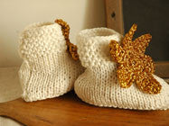 April Showers / baby shoes crochet (Off-white)