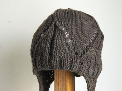 April Showers / baby hat crochet (Grey)