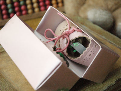 【送料無料】Filament Baby Shoes (Beige et Rose)