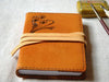 Le carnet de note Leather Notebook (caramel /pissenlit)
