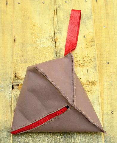 Bandit Manchot / leather tetrapod pouch (smoky pink)