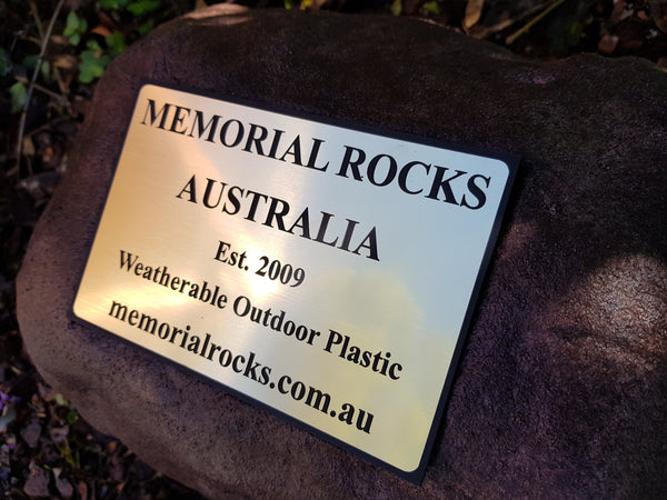 Quality Plastic Outdoor Memorial Plaque 180 mm x 120 mm