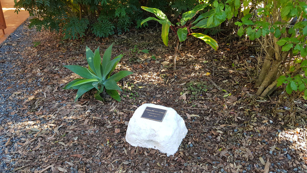 Memorial Rock Urn 1063 Small-Single