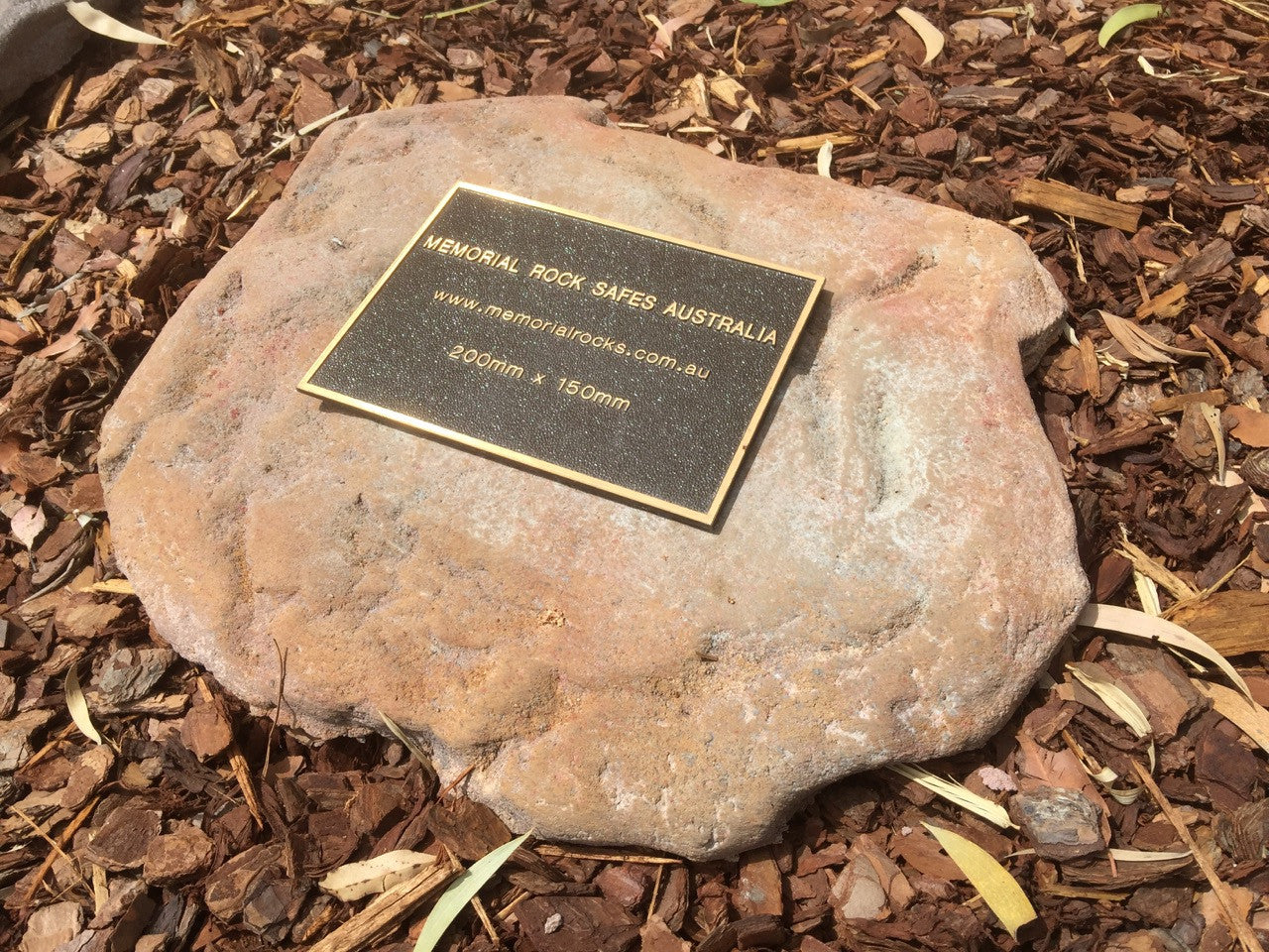 Paver - Memorial Paver Stone 589 (Not an Urn) including 200mm x 150mm Bronze Plaque