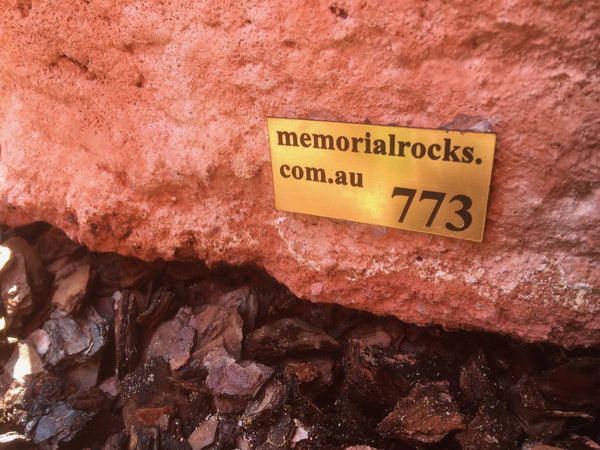 Novelty Memorial Rock Urn 773 with glass window.