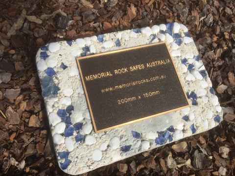 Novelty Memorial Paver Stone 781 (Not an Urn) Includes a quality 200mm x 150mm x4.5mm Bronze plaque